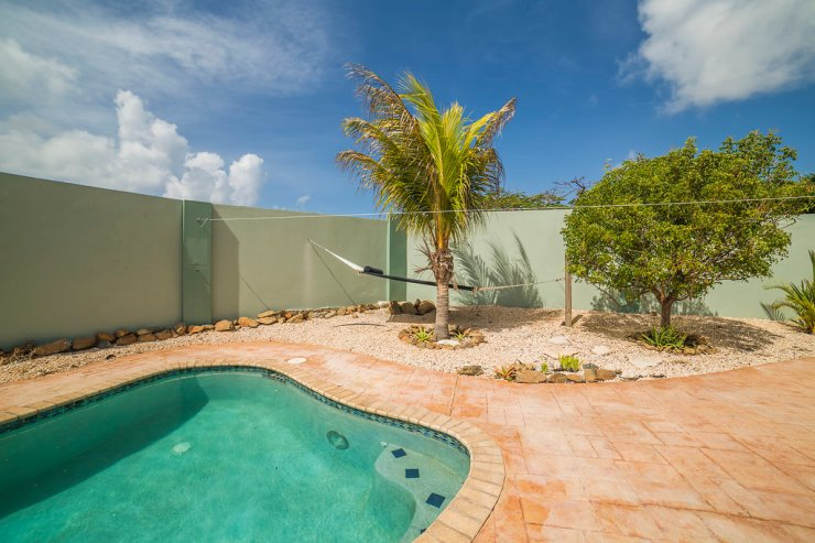 aruba-vacation-rental-home-with-pool-2