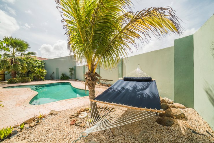 aruba-vacation-rental-home-with-pool