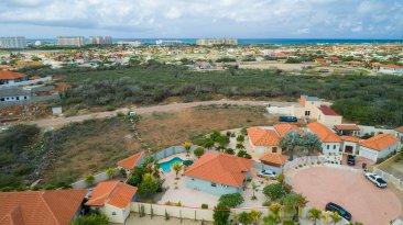 Canaruba_aerial_view_towards_ocean